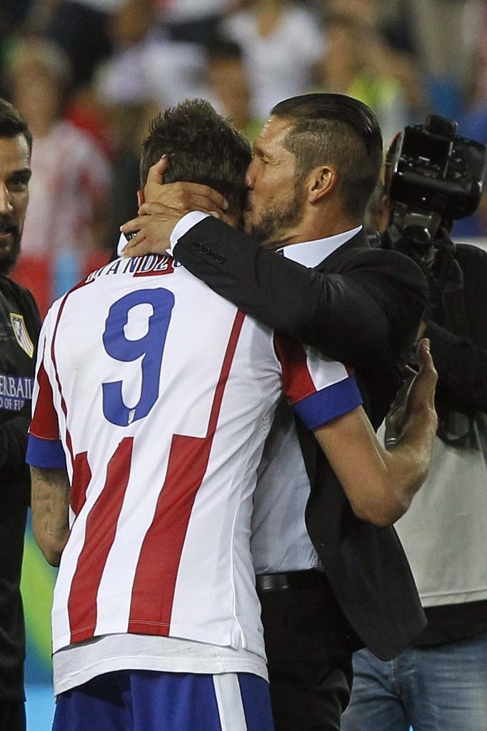 Diego Simeone ve golcüsü Mario Mandzukic