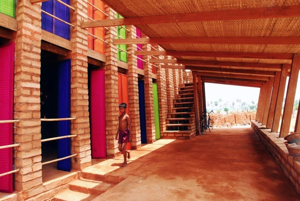 Kamboçya Sra Pou Meslek Okulu