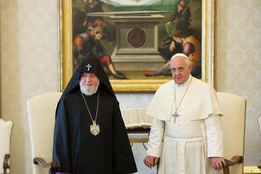 Tüm Ermeniler Katolikosu II. Karekin ve Papa Francesco