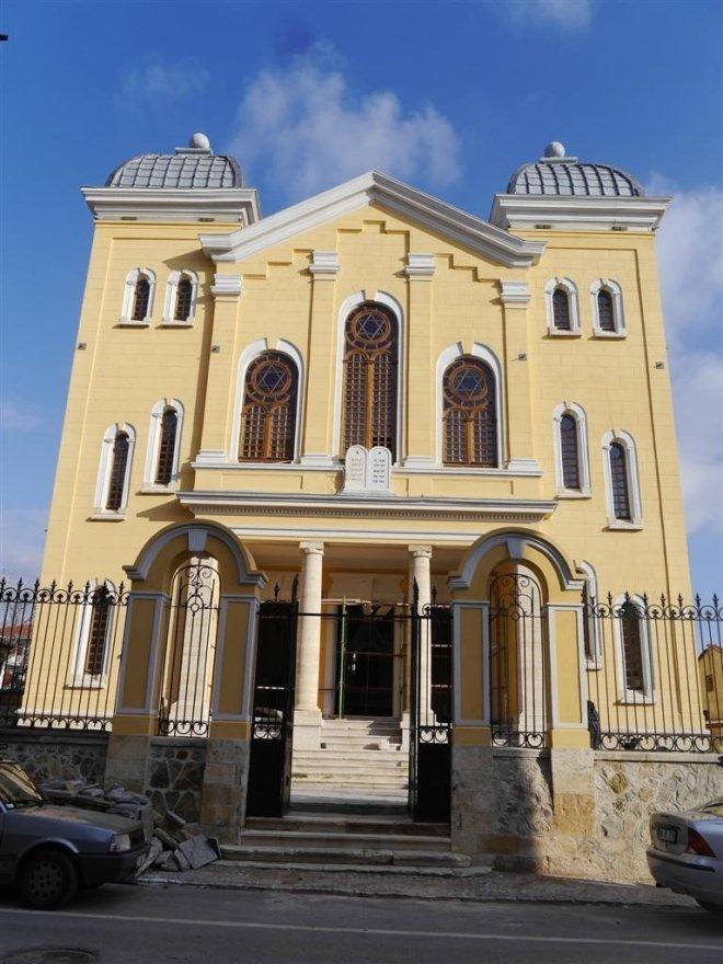 Büyük Sinagog'un restorasyonu için 5 milyon 750 bin lira harcandı