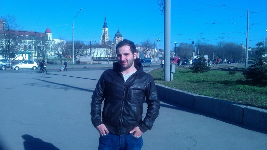 Voronej'de okuyan Serdem Karaboğa mezuniyetine 5 ay kala üniversiteden atıldı.